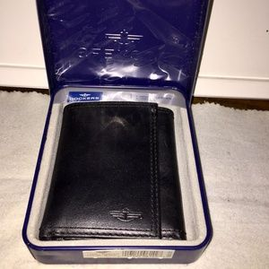 Dockers Men's Trifold Wallet w/ Card Insert NEW